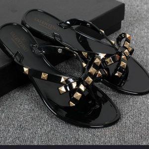 Stud  sandals